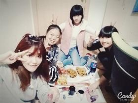 Madoka with friends2