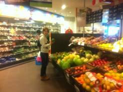 Yuri_supermarket.jpg