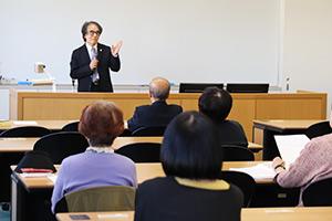 松川 正毅 教授「相続法の改正について」の様子